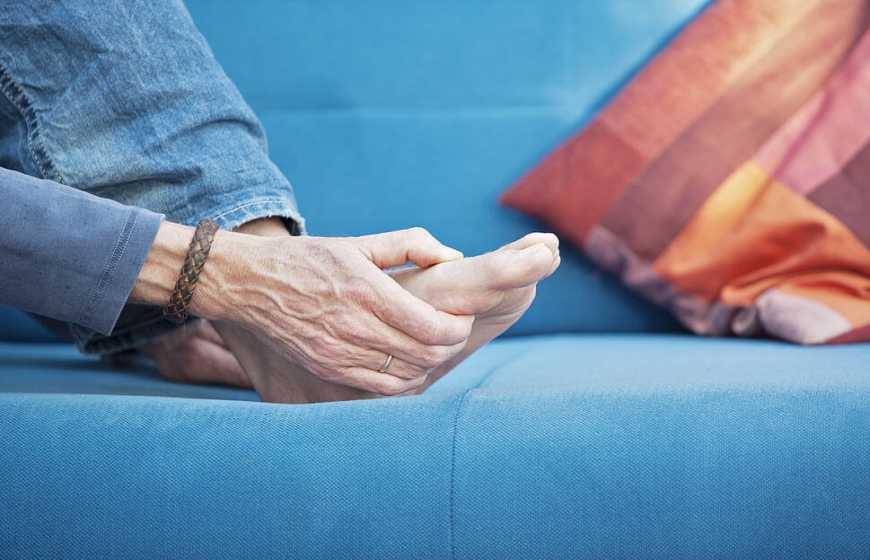 Bệnh Gout (gút) là gì? Nguyên nhân, triệu chứng và điều trị hiệu quả