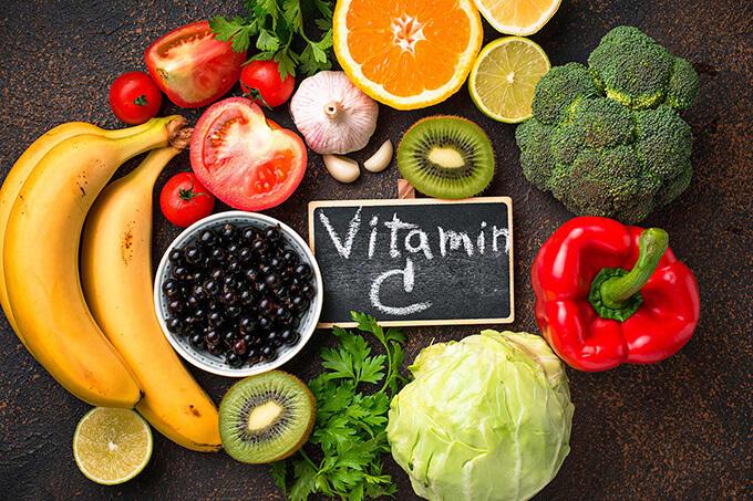 bo-sung-vitamin-c-cho-nguoi-gut